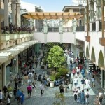 Ala Moana Center – The world's largest open-air shopping center