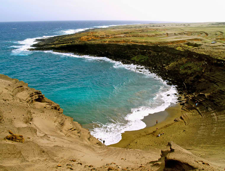Papakolea Beach in Hawaii – One of the Only Two Green Sand ...